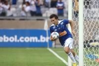 """Dagoberto, jogador do Cruzeiro, conta seu testemunho de conversão e diz: """"Aceitar Jesus não significa que a vida será um mar de rosas"""""""