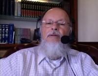 Bispo Edir Macedo deixou a barba crescer como voto pela conclusão da obra do Templo de Salomão; Assista