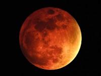 """""""Luas de Sangue"""": Cristãos associam fenômeno natural a profecias do Apocalipse"""