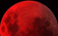 """Nas redes sociais, evangélicos discutem sobre acreditar ou não que """"luas de sangue"""" sejam cumprimento de profecias bíblicas; Confira"""