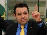 Marco Feliciano defende criação de CPI para investigar a Petrobrás e critica compra da refinaria de Pasadena