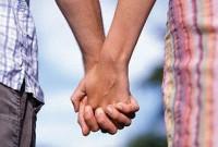 Estudo afirma que pessoas que frequentam a igreja regularmente tem uma vida amorosa mais saudável