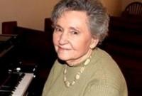 Recorde: Mulher entra para o Guinness por comandar o louvor da igreja por 73 anos