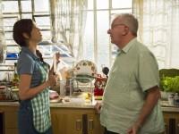 A Grande Família, da TV Globo, transforma personagem Lurdinha em uma evangélica que cai fácil em tentação