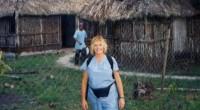 Mulher é curada de esclerose múltipla de forma milagrosa durante viagem missionária; Assista