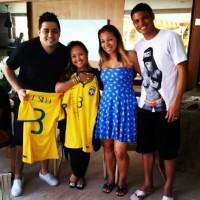 """Capitão da Seleção Brasileira, Thiago Silva aproveita folga para participar de culto: """"Tarde abençoada"""""""