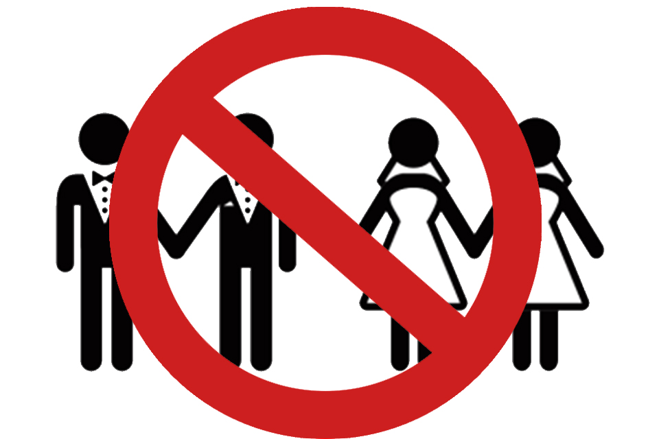 Parlamentares aprovam lei que protege pastores de casamentos gays