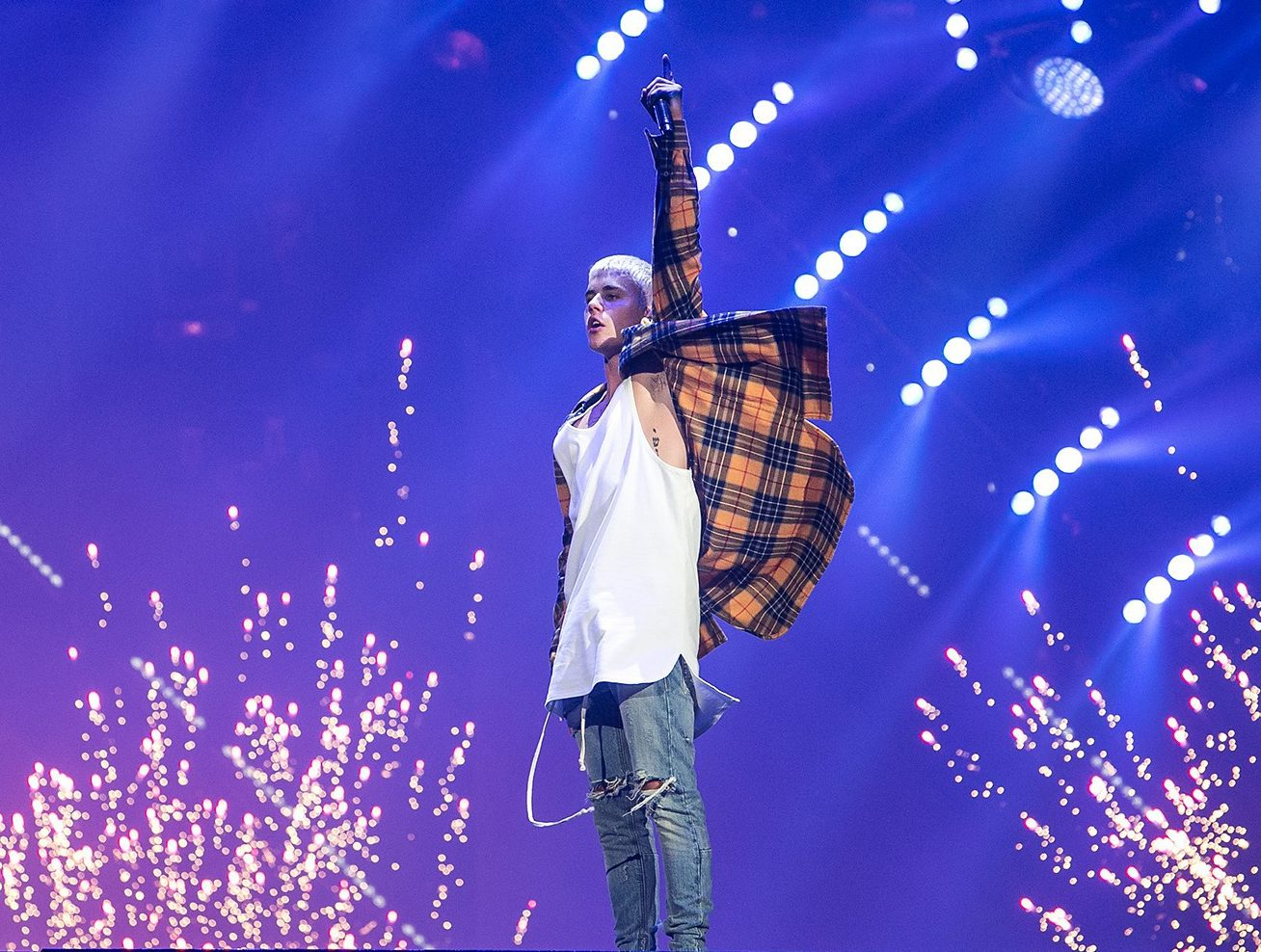 """""""Obrigado Jesus pelo seu perdão!"""", diz Justin Bieber em mensagem para os fãs"""