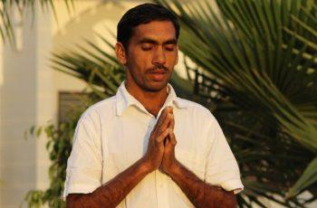 Hindu se converte ao Senhor Jesus após tentar interromper trabalho evangelístico