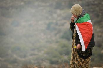 """Mãe perdoa terroristas que mataram seu filho: """"Oro para que sejam tocados por Deus"""""""