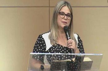 Evento com Marisa Lobo é cancelado após pressão de ativistas LGBTs em Fortaleza