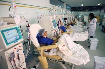 Homem recebe em tempo recorde transplante de rim e coração após oração de médicos