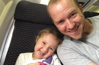 """Morre menina de 4 anos com tumor cerebral: """"Isso é apenas um adeus por enquanto"""""""
