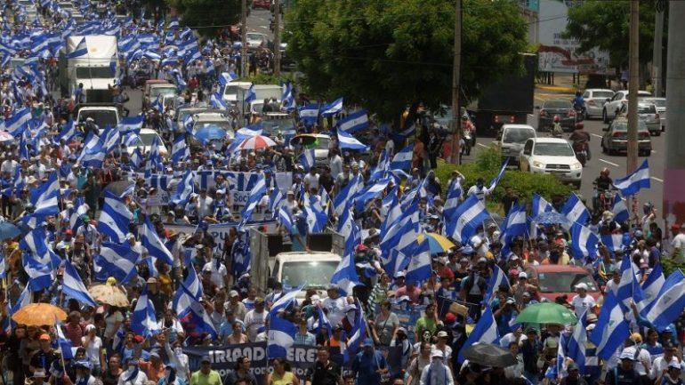 CRISE NA NICARÁGUA REGISTRA MAIS DE 440 MORTOS, E IGREJAS SE UNEM EM ORAÇÃO PELA 'PAZ'