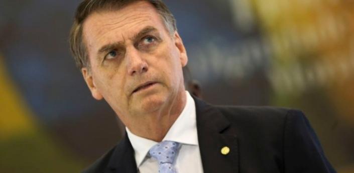 """Bolsonaro rejeita ideia de taxar dízimos e ofertas: """"Trabalho de igrejas é de extrema relevância"""""""