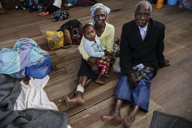 """Resultado de imagem para Africanos surpreendem por louvar a Deus em meio à tragédia climática: """"É genuíno"""""""