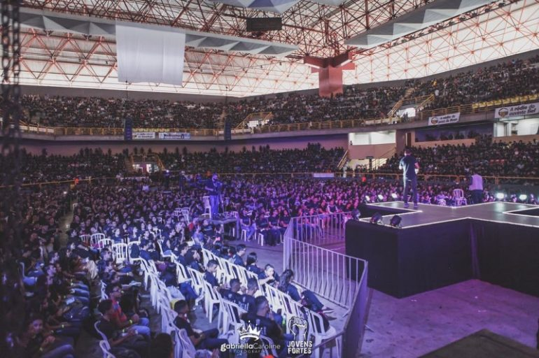 Congresso de Jovens reúne cerca de 20 mil pessoas em Goiânia