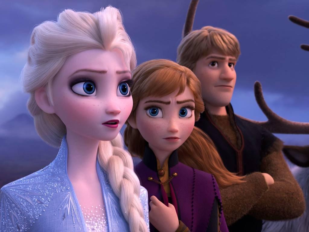 Resultado de imagem para Frozen e Bela adormecida