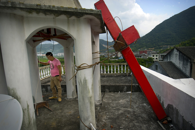 """Governo comunista chinês planeja fechar igrejas """"clandestinas"""" em 2 anos"""