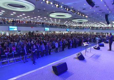 """Malafaia mobiliza fiéis em oração pelo presidente, que responde: """"Fiquei muito emocionado"""""""