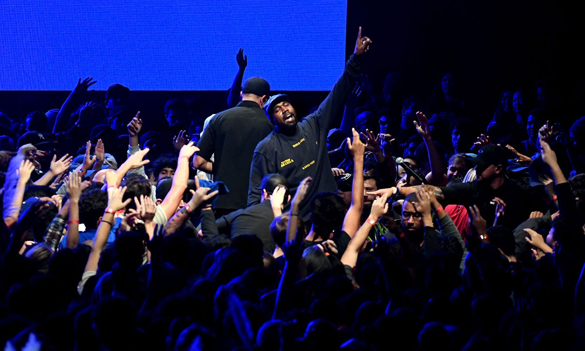 Resultado de imagem para concerto gospel de Kanye West