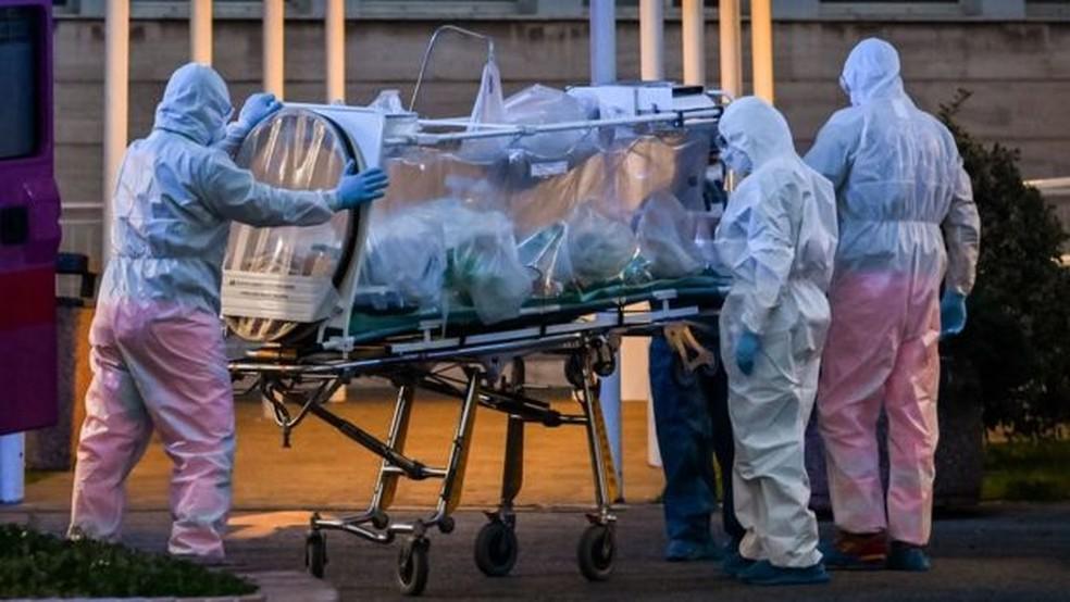 Missionários servem como médicos na Itália socorrendo vítimas do Covid