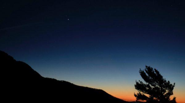 NASA revela imagens da 'Estrela de Belém' na antevéspera do Natal 2020