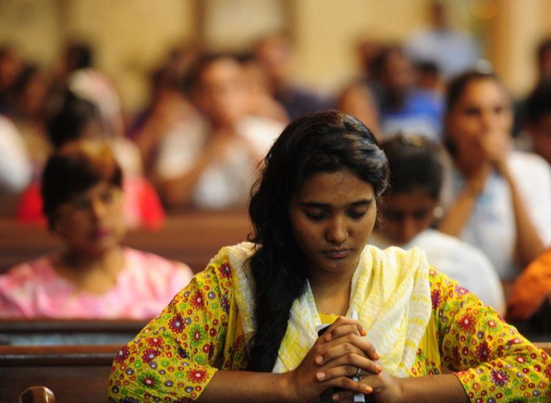 Menina cristã feita escrava e convertida à força ao islamismo no Paquistão